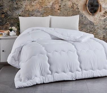 Komfort Home Çift Kişilik MicroSaten Lüx Yorgan +2 Yastık Beyaz
